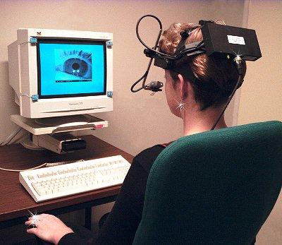 Apparecchio per rilevare i movimenti oculari