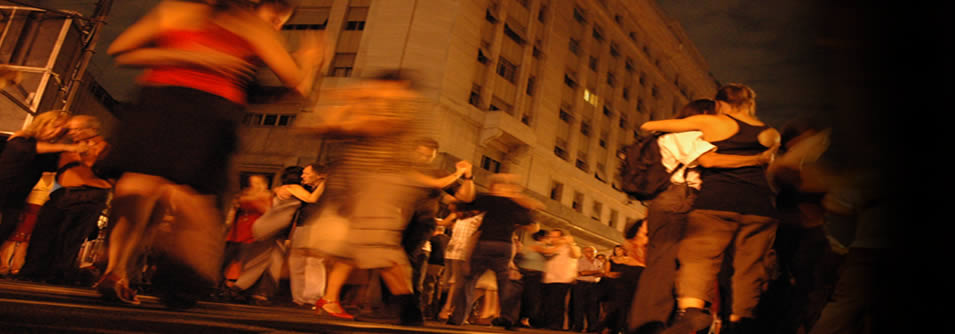 Tango argentino (da www.icantierideltango.it)