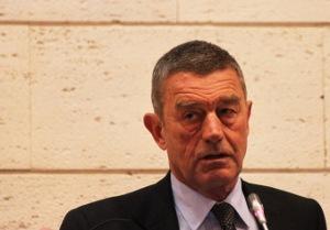 Il Ministro della Salute Fazio presso il suo Dicastero (Sede di Roma Eur)