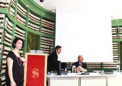 Al centro l'avv. Giuseppe Castronovo, Presidente della IAPB Italia onlus, presso il Senato (sala degli atti parlamentari, biblioteca G. Spadolini, 11 giugno 2013)