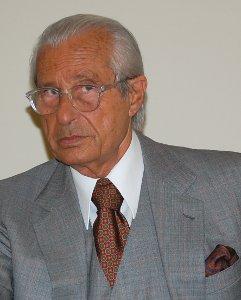 Il Prof. Mario Stirpe (Fondazione Bietti)