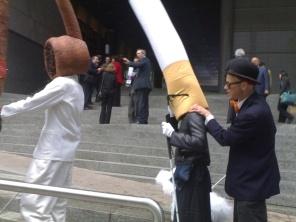 Smoking and Blindness Campaign a Bruxelles (manifestazione contro il fumo, che può provocare anche danni alla vista)