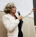 Prof.ssa Lia Giustolisi (Università Sapienza, Roma)