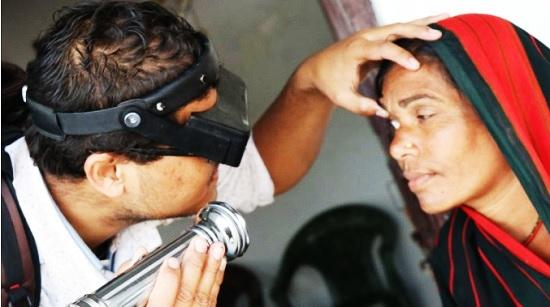 visita_oculistica_in_nepal-fonte_iapb.org.jpg