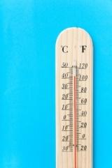 termometro_verticale_temperature_esterne-courtesy_of_freedigitalphotos.net-photospip700e92b0585d11408270e6a231f39d44.jpg