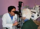 visita-oculistica-anziana-struttura-ospedaliera-2-photospip185b43b2a8aa0a434e26f13956e41f3a.jpg